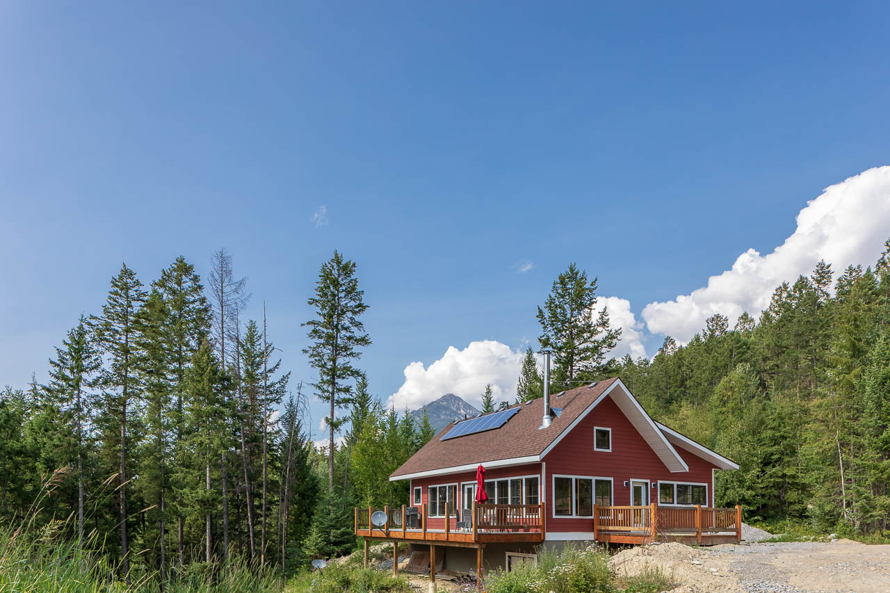 off the grid cabin