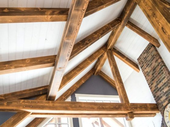 Contrasting burnt finish ceiling timber beams and rafters
